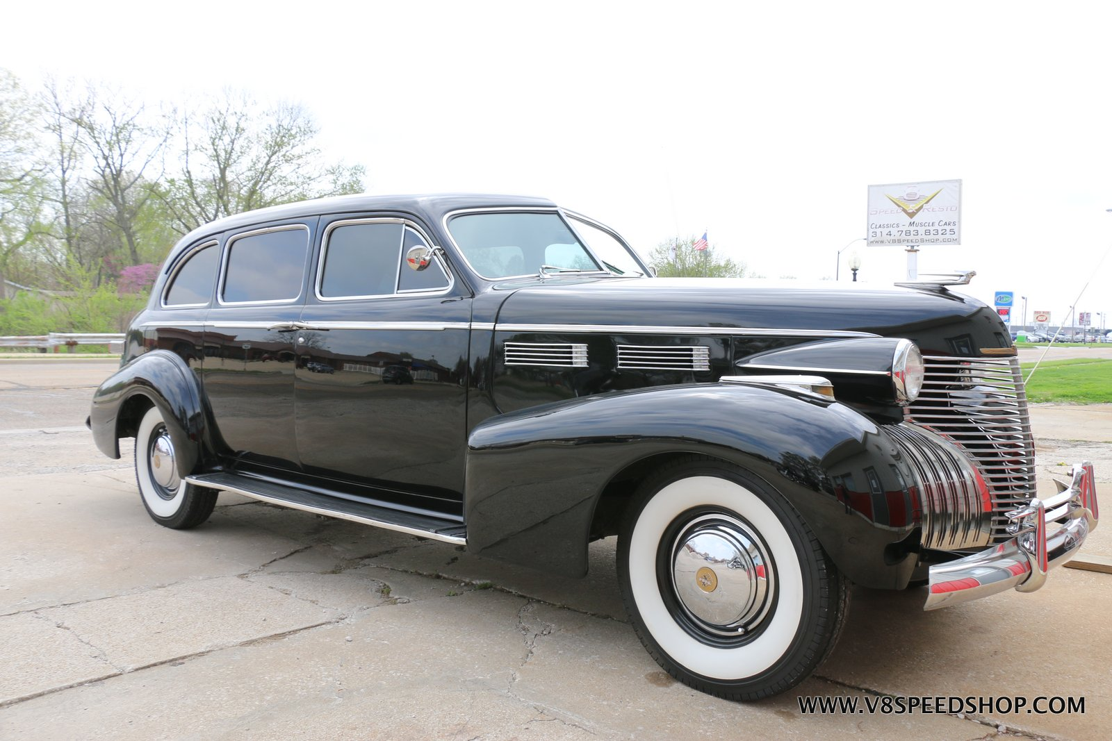 1940 Cadillac Fleetwood Limousine Photo Gallery at V8 Speed & Resto Shop