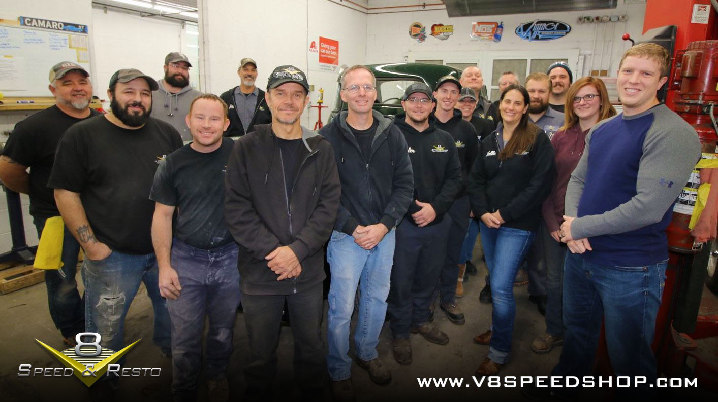 V8 Speed & Resto Shop Crew